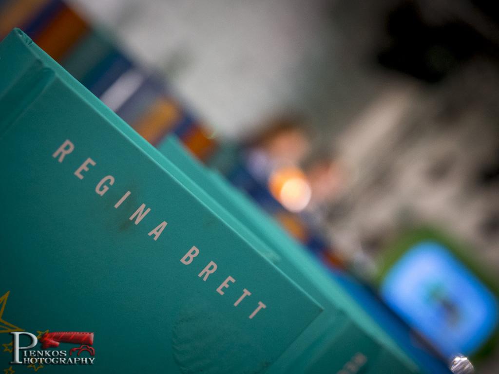 RELACJA: Spotkanie autorskie z Reginą Brett