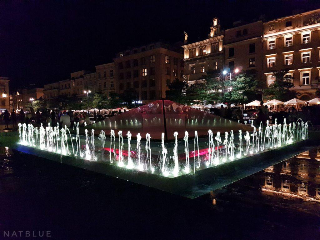 Kraków, Cracow, Polska, Poland, fontanna, Rynek Główny